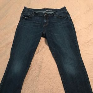 Old Navy Curvy mid-rise straight jeans